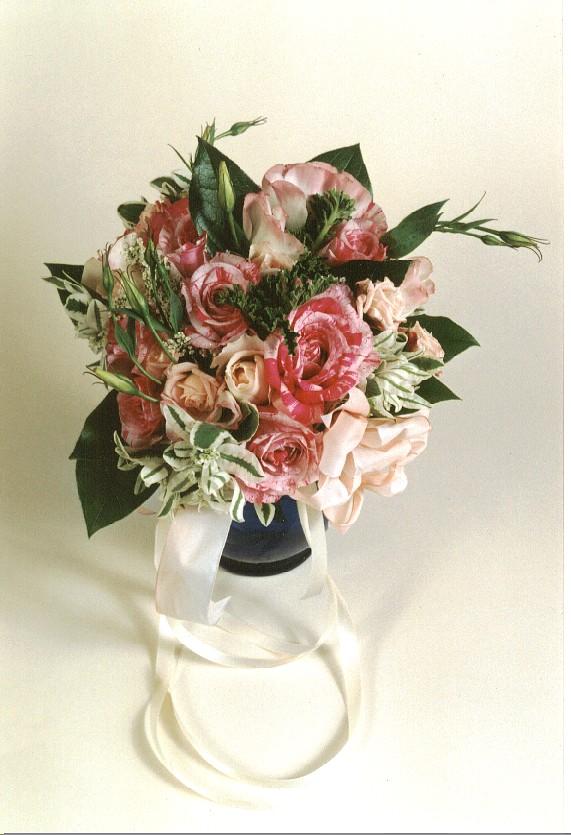Wedding Gift Baskets Brisbane : Ruth@RuthMarksDesigns.com P.O. Box 2074 Brisbane, CA 94005 Voice ...
